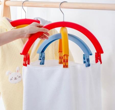 彩虹造型多功能三層旋轉衣架一組兩入(預購商品)