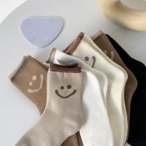 爆款秋冬新品笑臉中筒襪 超好看好搭 韓系純色卷邊加厚保暖女襪(預購團購商品)
