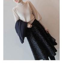 秋冬法式優雅羊角袖高領針織衫 (預購商品)